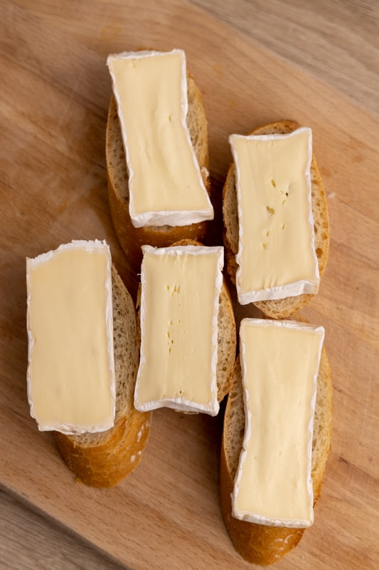 Baguette slices topped with Brie