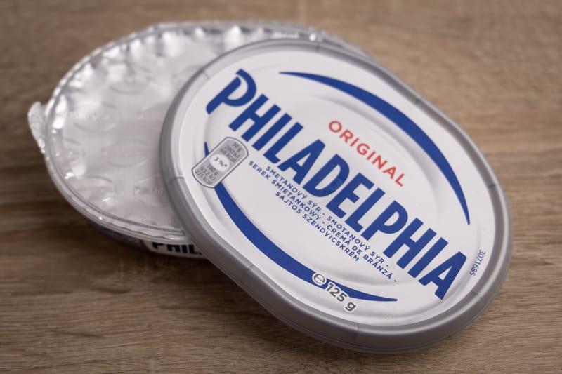 Philadelphia cream cheese container