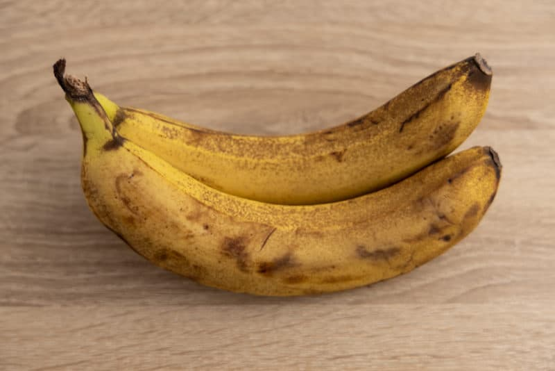Refrigerated bananas after five days