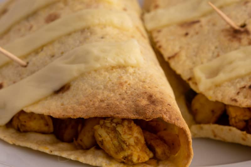 Tortillas with chicken and veggies